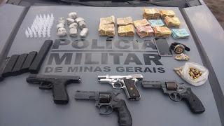 site policia mg - ROTAM apreende R$ 32 mil, armas e drogas no bairro São Paulo
