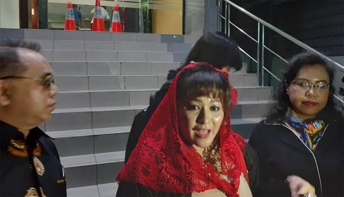 Novel Baswedan Akan Lapor Balik, Dewi Tanjung: Saya Harus Wow Gitu?