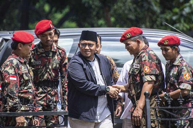 Perang Opini Dahnil vs Kiai Cholil Soal Dompet Dhuafa Bantu 22 Mei