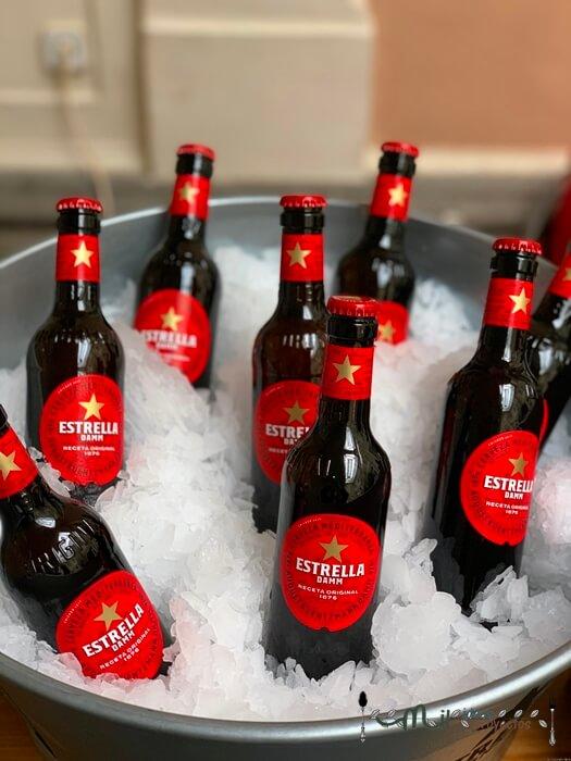 cervezas estrella damm patrocinador tapapies
