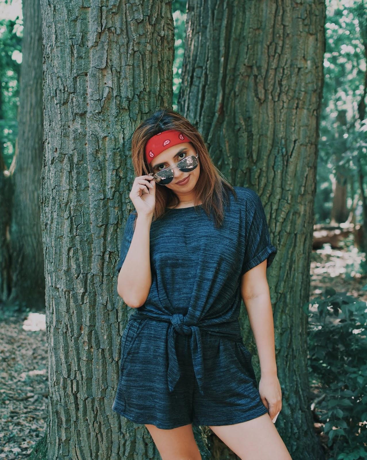 The Power Of A Bandana by Mari Estilo-lookoftheday-fashionblogger-travelblog-90s-fashionista-viajeros-blogger-banana republic