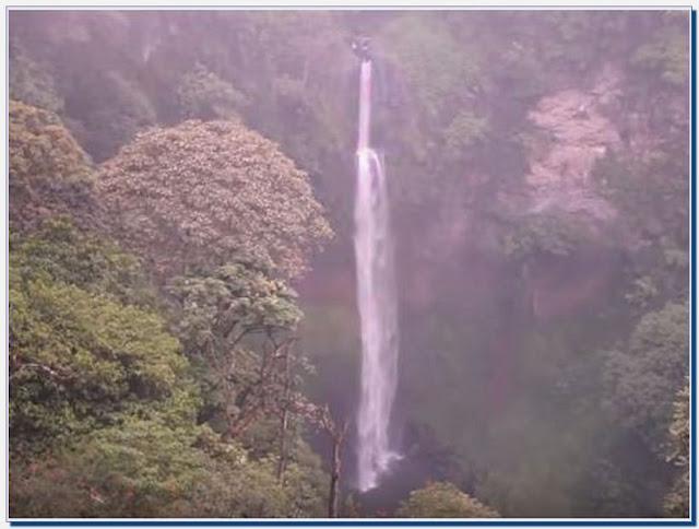 Air Terjun Pelangi Bandung; Tempat Wisata dengan Keindahan Alam yang Memukau