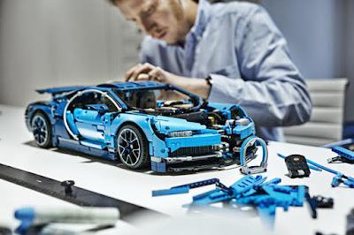 mô hình siêu xe Bugatti Chrion LEGO