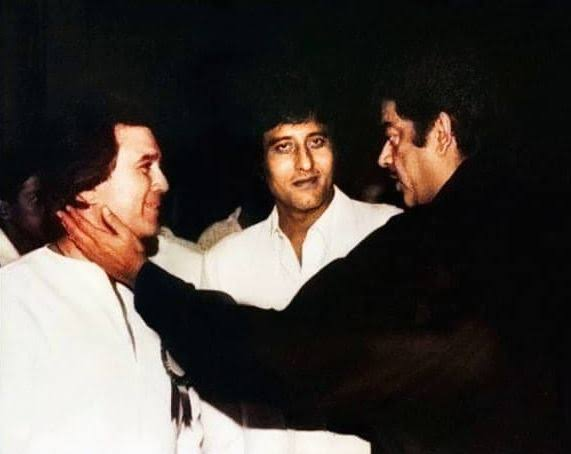 Bollywood Classic : Rajesh Khanna And Shatrughan Sinha Fight