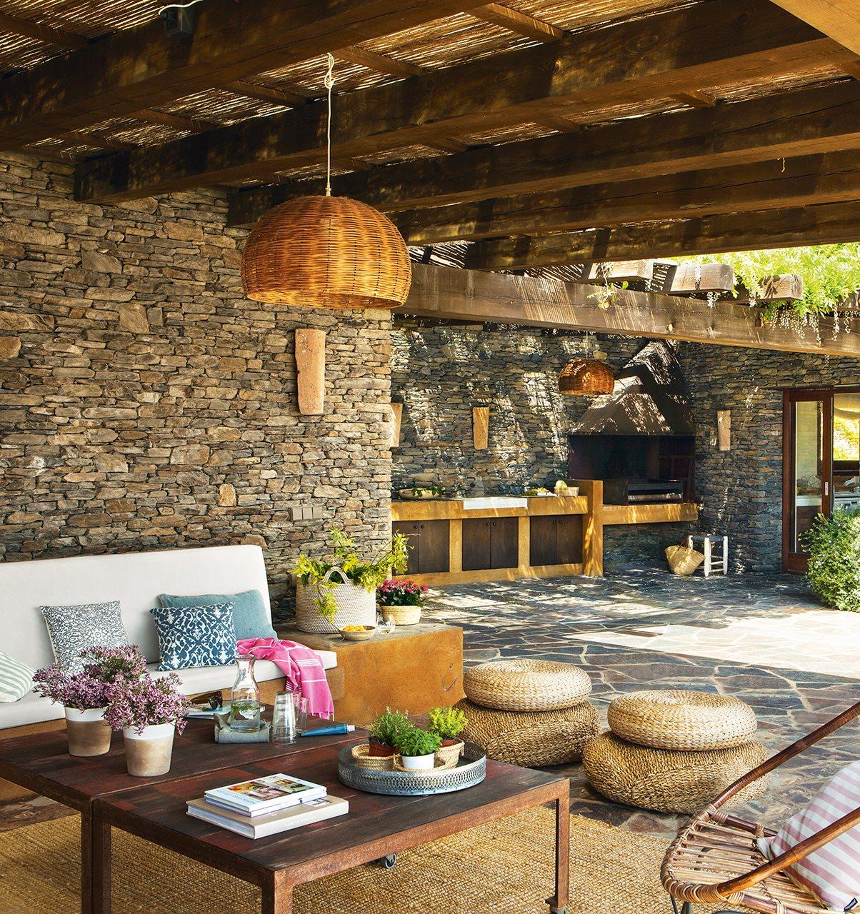 Decordemon mediterranean breeze for Patios con piedras