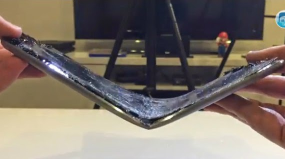 iPad Air 2 First Bend Test [Video] • JailBreak Resources And