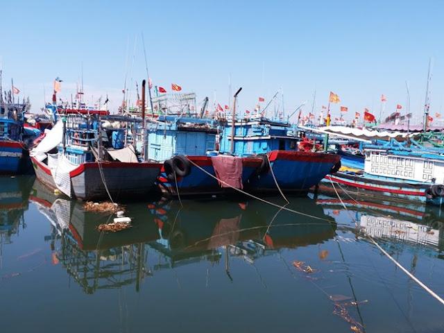 Trung Quốc đã 'bàn giao' 8 ngư dân Quảng Ngãi trên tàu cá bị tàu Trung Quốc đâm chìm