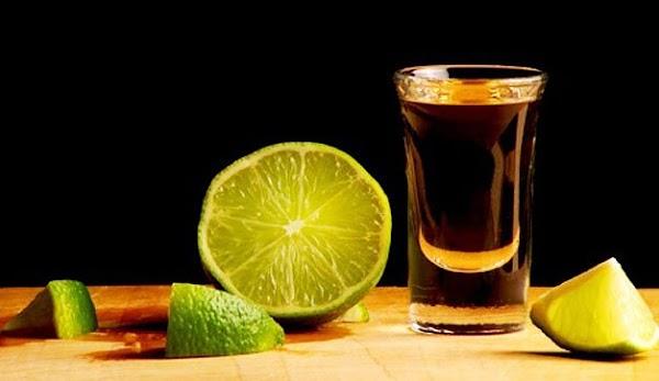 El mezcal no provoca cruda y es el alcohol más perfecto para consumo humano.