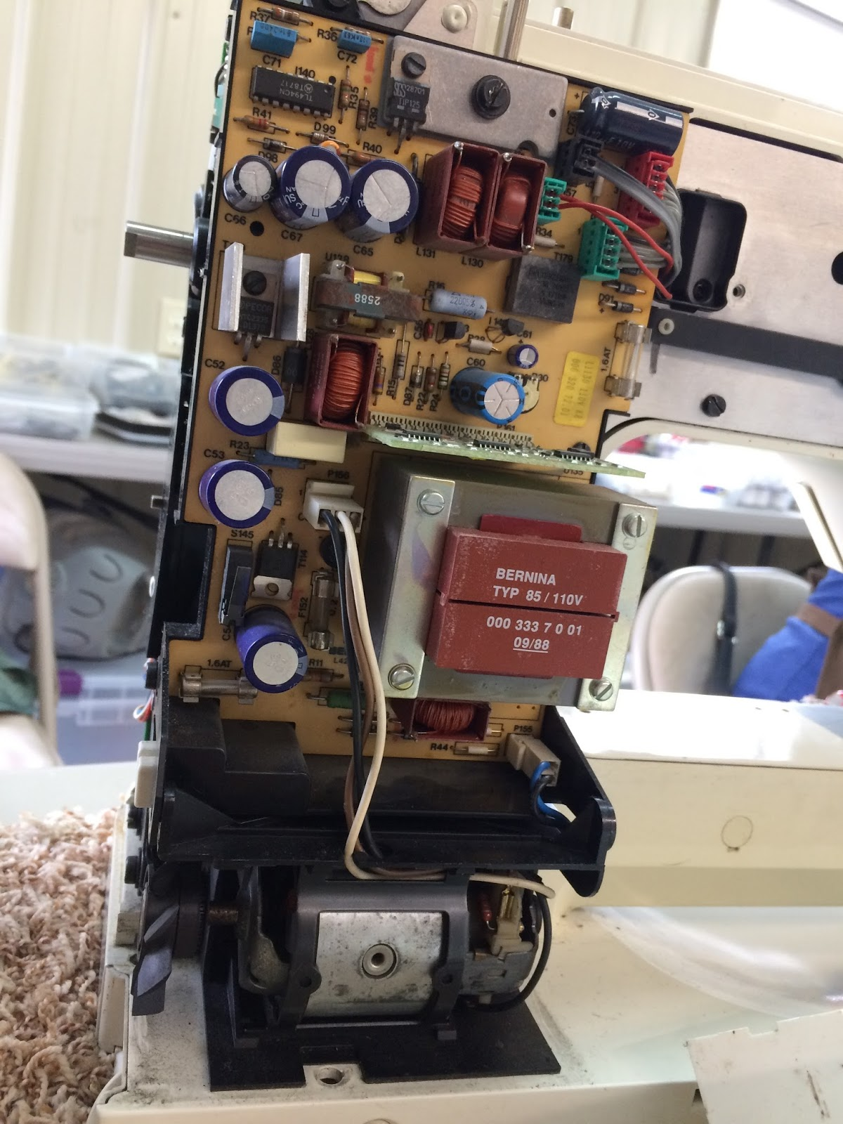 Sewing Machines and Sew Forth: Ray White's Sewing Machine