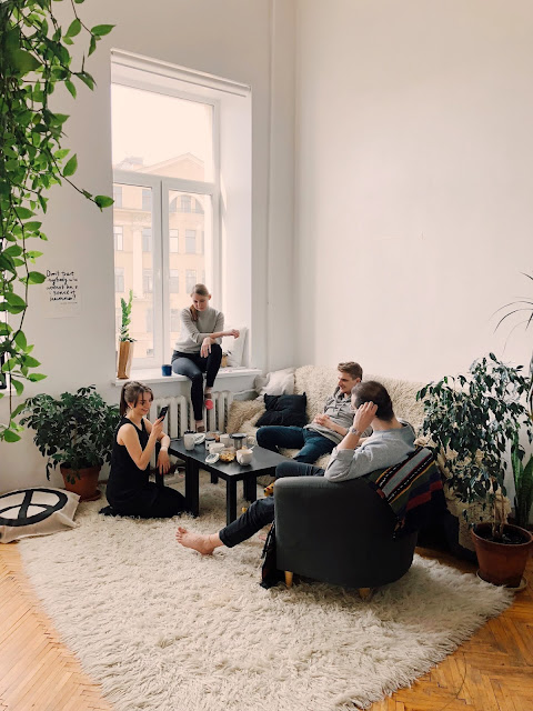 renting a room can be an opportunity to make friends