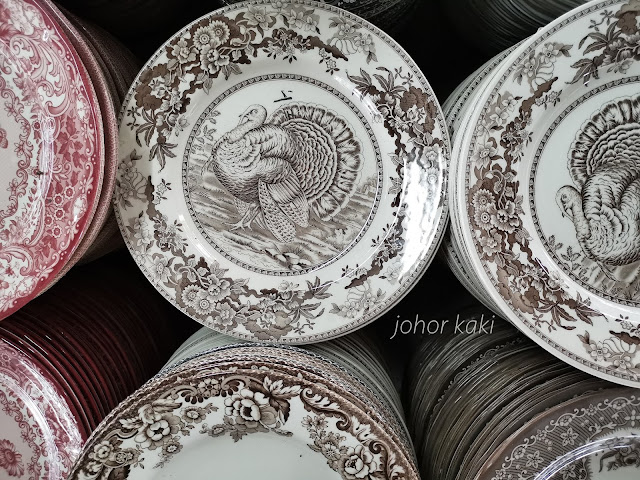 Claytan Ceramics Factory Store @ Ayer Hitam Johor.