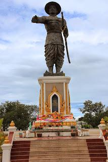 Statua del re Anouvong - il Anouvong Parco Chao - Vientiane - Laos