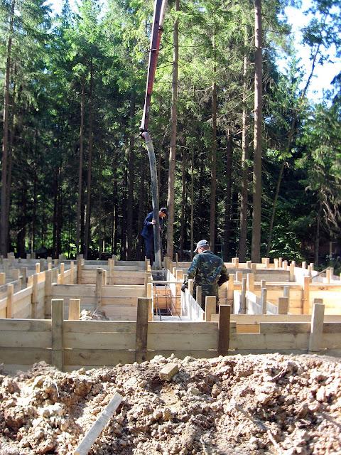 строительство дома бетононасос