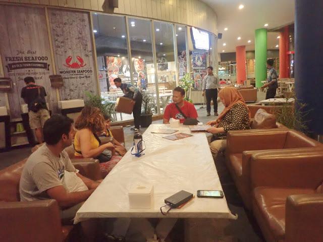 makan malam di ancol beach city mall
