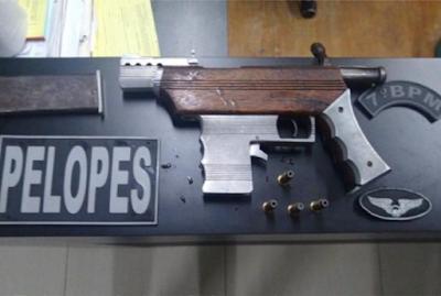 Em Jacaré dos Homens, polícia prende casal com arma artesanal na AL-220