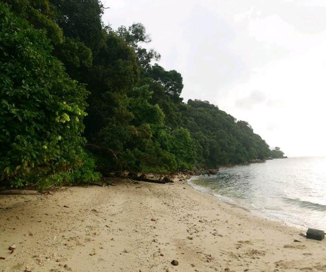 Pantai Pulau Intan Rumah Api Tanjung Tuan Port Dickson