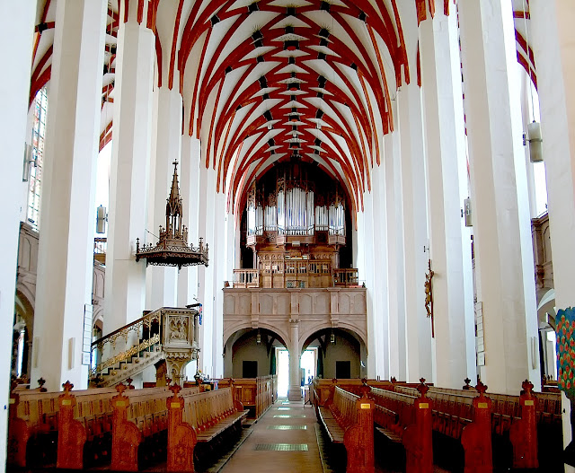 St Thomas' Church, Leipzig (Photo: S-kay - Own work, Public Domain, https://commons.wikimedia.org/w/index.php?curid=5196670)