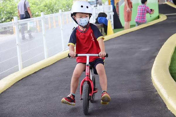 二水鄉親子滑步車練習場 小孩放電瘋玩一整天