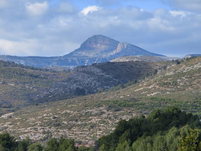 vista del pico penyagolosa desde la zona de Costur