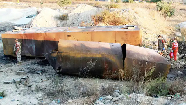 تفاصيل جديدة حول انفجار خزان وقود شمال لبنان الذي أدى الى 28 قتيل