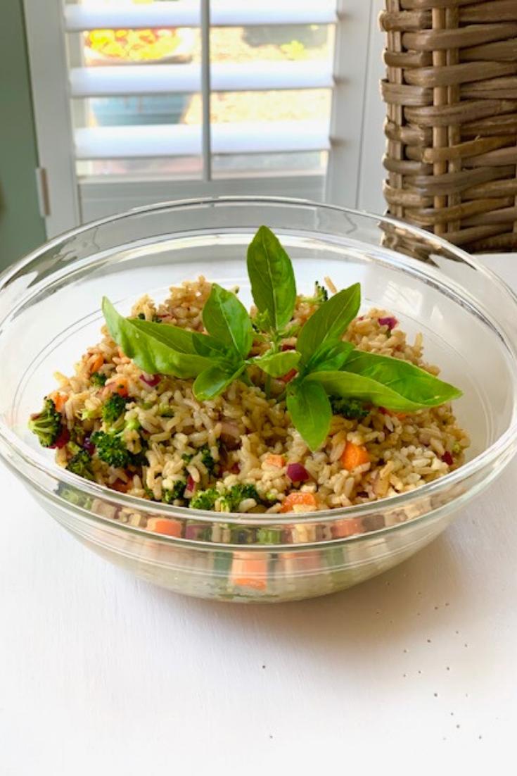 Brown Rice and Raw Veggies Salad