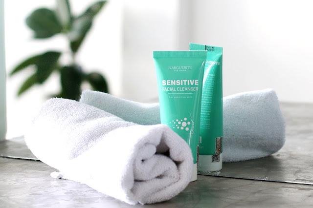 sua-rua-mat-nhay-cam-Sensitive-Facial-Cleanser