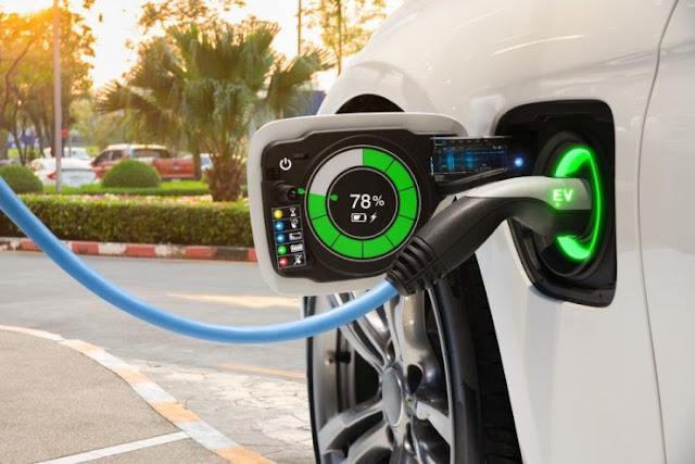5 ακόμη ηλεκτροκίνητα οχήματα θα προμηθευτεί η  Περιφέρεια Πελοποννήσου