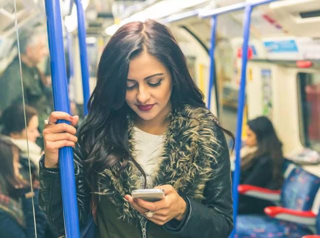 Longer commuting hours, lesser job satisfaction!
