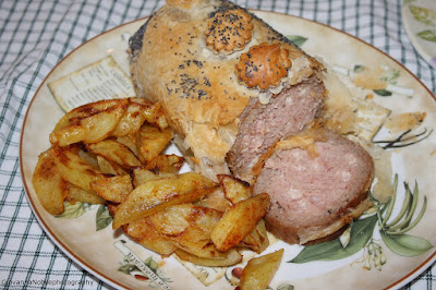 Polpettone in crosta e patate alla paprica