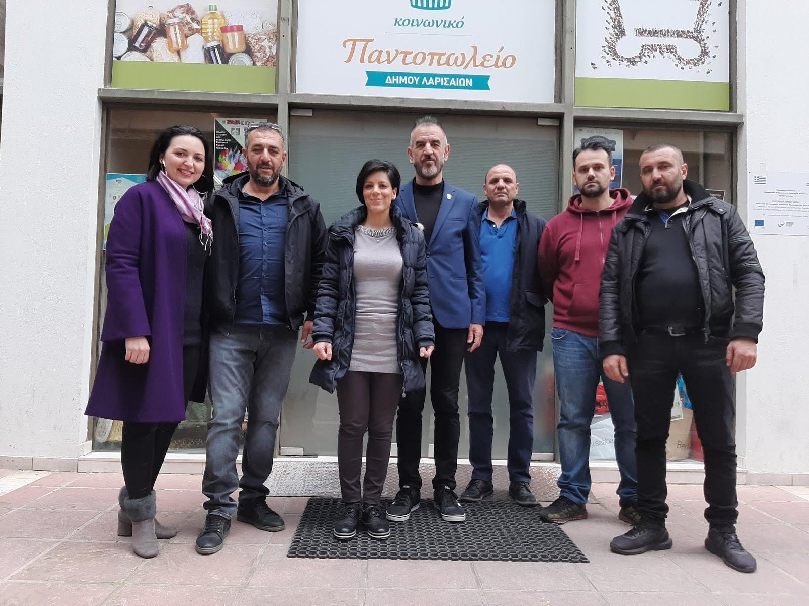 Προσφορά οπωροκηπευτικών στο Κοινωνικό Παντοπωλείο Δήμου Λαρισαίων