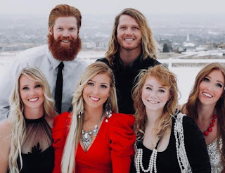 Picture of Amberley Snyder with her siblings