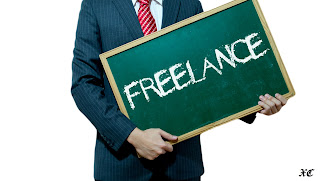 Professional choosing freelancing