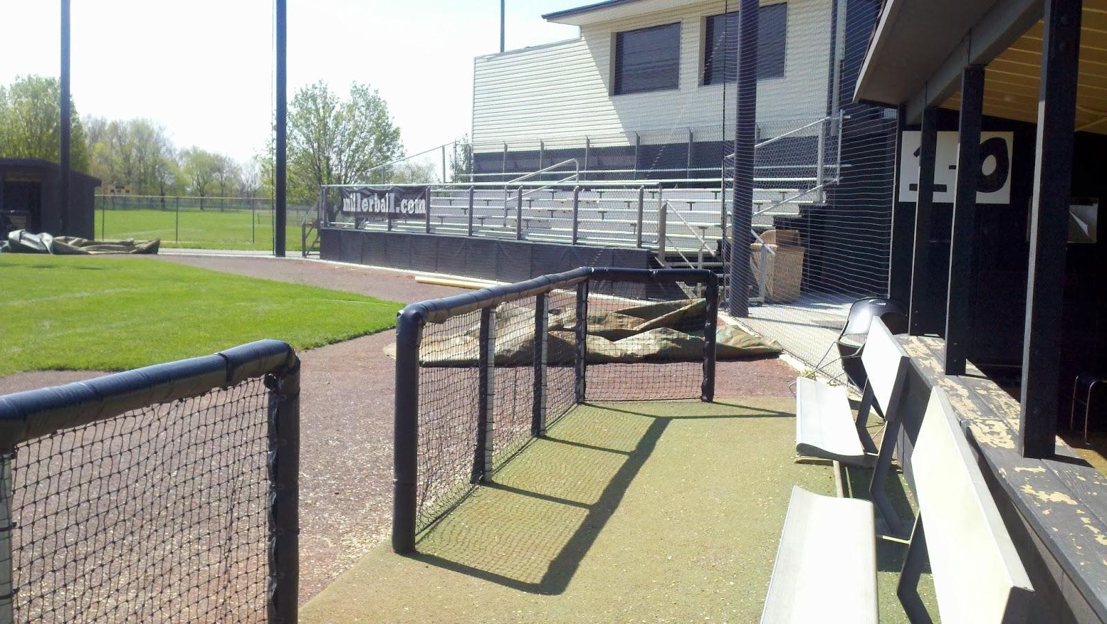Baseball Dugout Bedroom Designs: Smart Turf: Baseball Field Dugout Designs And Layout