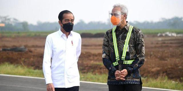 Jokowi Pegang Ganjar