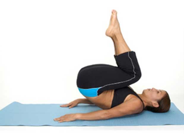 5 تمارين لشد عضلات البطن السفلية بالصور للنساء والرجال في المنزل