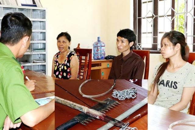Hà Tĩnh: Hai người cởi truồng chặn xe đoàn ĐBQH kêu oan cho vợ và con trai
