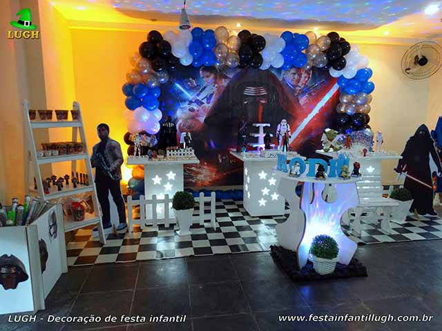 Decoração tema de aniversário Star Wars para festa infantil - Mesa temática provençal masculina
