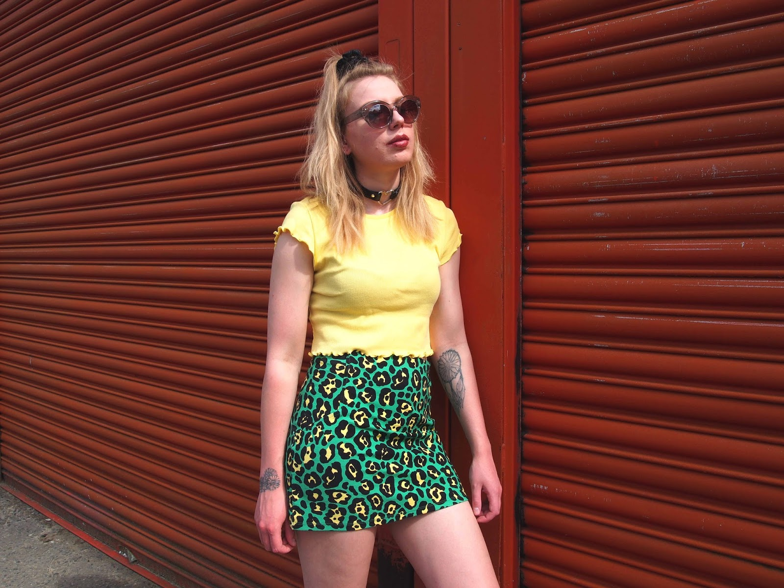 grunge 90's fashion style outfit ootd, summer casual alternative unique outfit, colourful leopard print bodycon skirt, lettuce frill trim 90's crop top, heart o ring choker, half up hair