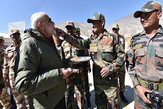 Modi celebrates Diwali with Troops