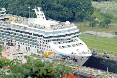 Crucero en el Canal de Panama