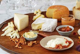 Chcete rozumět procentům tuku v sýrech?