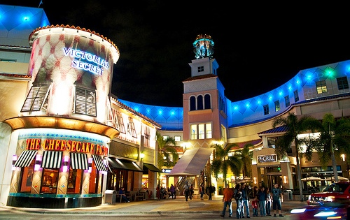 Find the best outlet shopping in Florida. Get up to date information, sales and deals for every outlet mall in the state of Florida. Get up to date information, sales .