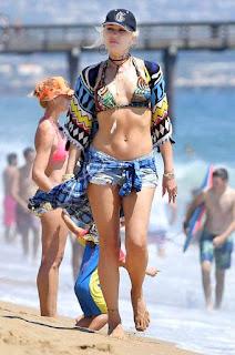 Sexy singer Gwen Stefani