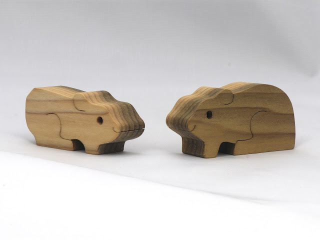 Handmade Wood Guinea Pig Family Puzzle Toy