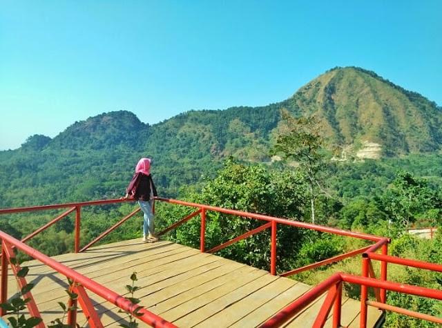 Tempat Wisata Batu Lawang Cirebon