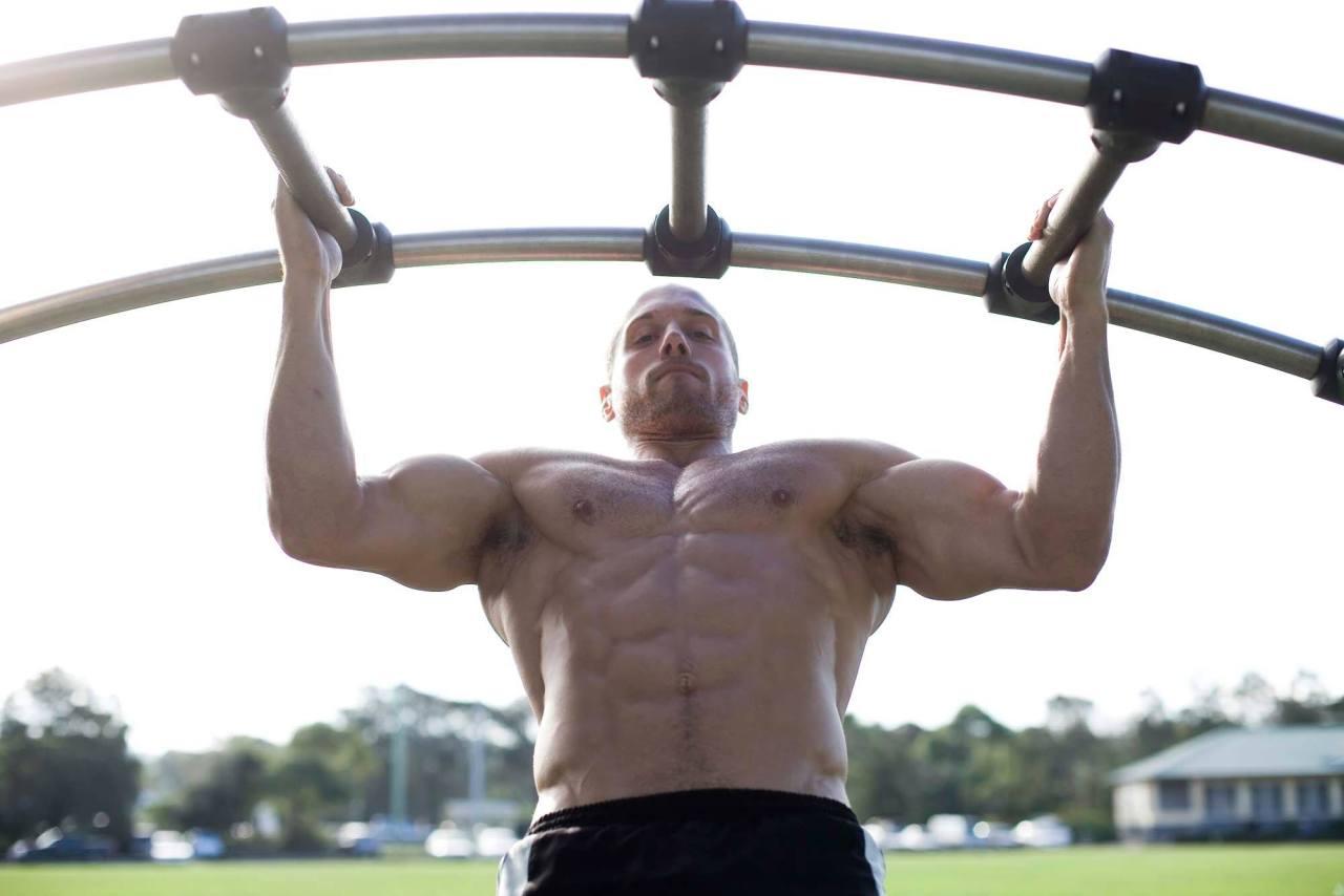 shirtless-masculine-man-strong-muscular-body-hunk-outdoor-workout