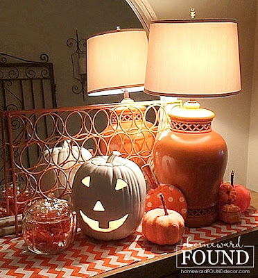 fall ,farmhouse style, color, colorful home, pumpkins, decorating, DIY, diy decorating, tablescapes, Halloween, trash to treasure, centerpiece, orange and white decor, gradient color, fall home decor, autumn decorating, Halloween decorating, painted pumpkins, no carve pumpkin decorating