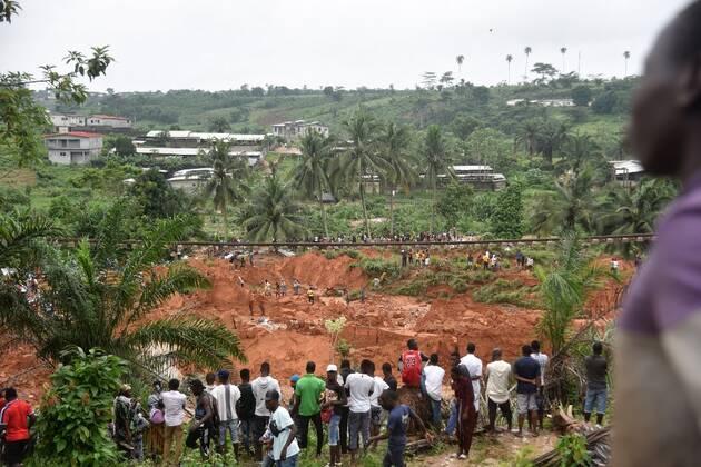 At least 13 dead in landslide in Abidjan