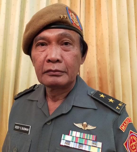 Ada Jenderal Bintang Dua Desak Jokowi Mundur dari Jabatannya!