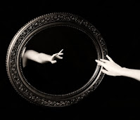 La nada: espejo del mundo, Francisco Acuyo